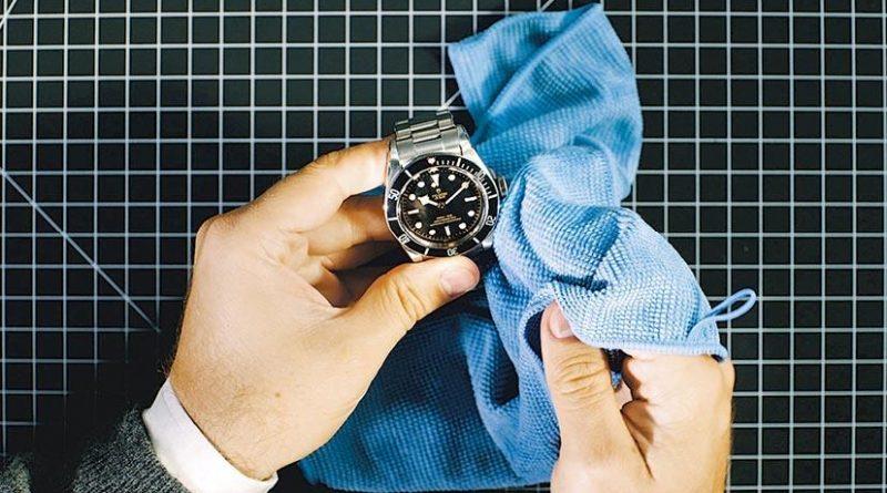 Watch Out:小心錯用清洗消毒產品 清潔腕表 軟刷不可少