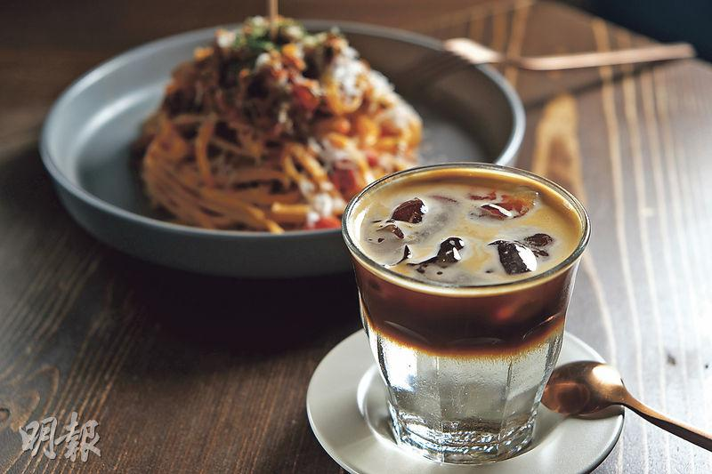【爆紅咖啡】咖啡雞尾酒手冲咖啡爭寵 中上環朝聖打卡遊