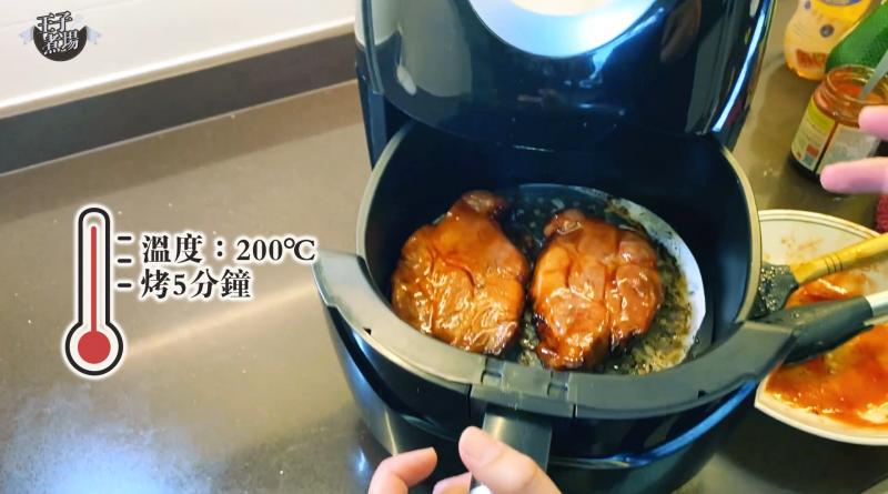 【王子煮場】自製茶餐廳美食 氣炸鍋DIY 焦香彈牙靚叉燒