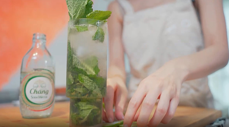 【Olivia生酮飲食日記】減肥零食 Mojito Cocktail配雞皮脆脆