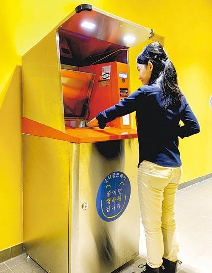 加強回收廚餘 津貼屋苑購智能回收桶