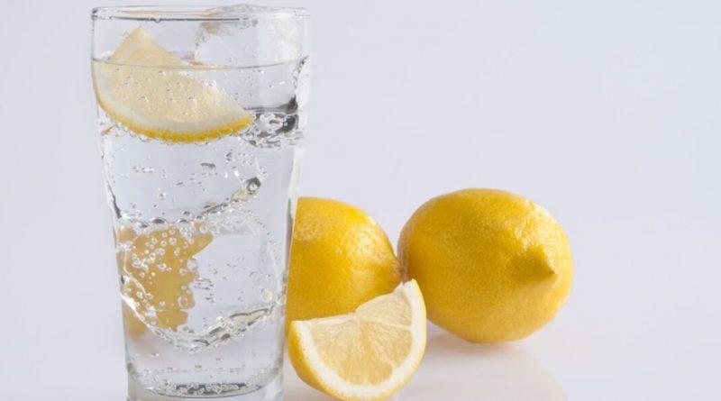 拆解水果「特異功能」 檸檬發電 推動時鐘