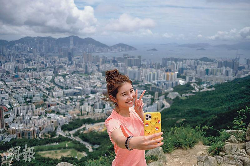 【行山郊遊】跟美女登獅子山 感受香港精神