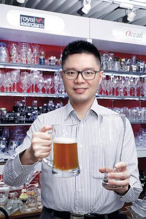 香港首位國際啤酒評審師 方啟聰:品評啤酒4字口訣