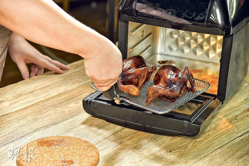 點止做小食咁簡單 氣炸乳鴿so easy!