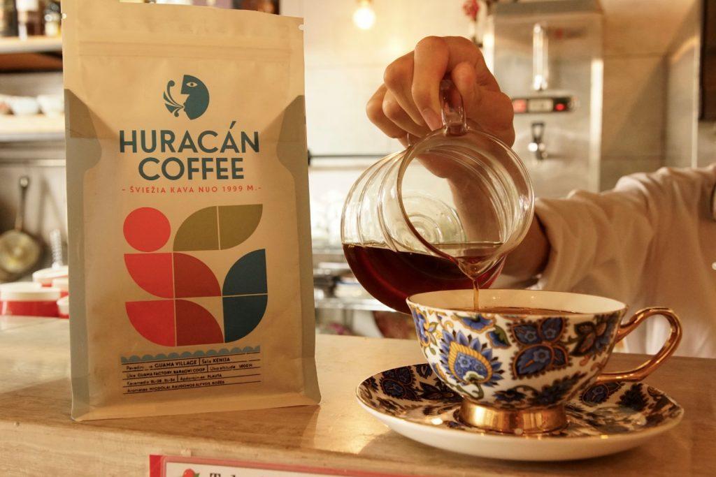 【飛龍咖啡】輟學水吧冲茶 成就隱世咖啡師