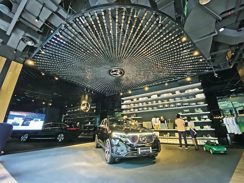 【遊走大灣區】Benz三芒星Mercedes Me Store 陽剛魅力 X 溫柔美食