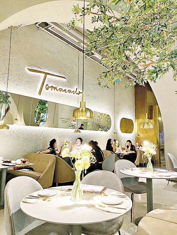 【遊走大灣區】浪漫滿屋 約會在Tomacado花廚 品味淡雅多國佳餚