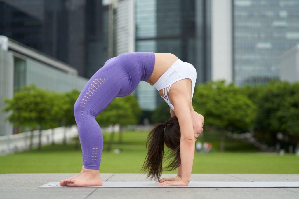 專訪瑜伽導師林夢楹:身心內外添正能量 戶外瑜伽融入自然