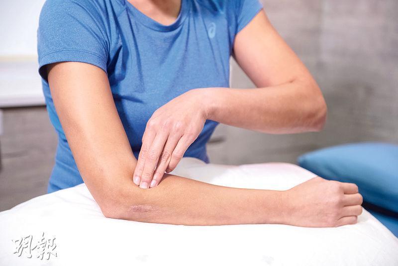物理治療師教你6招運動按摩 鬆肌復操 踢走肌肉痠痛疲勞