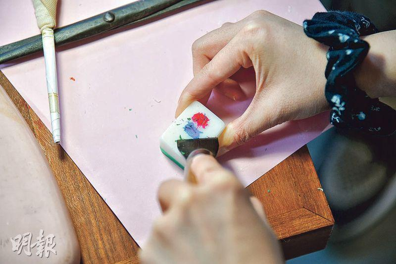 618上海街 打卡穿梭80年前舊香港 學做手雕麻將