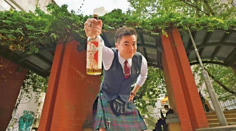 愛上威士忌放棄學業 蘇格蘭酒廠「打雜」學藝
