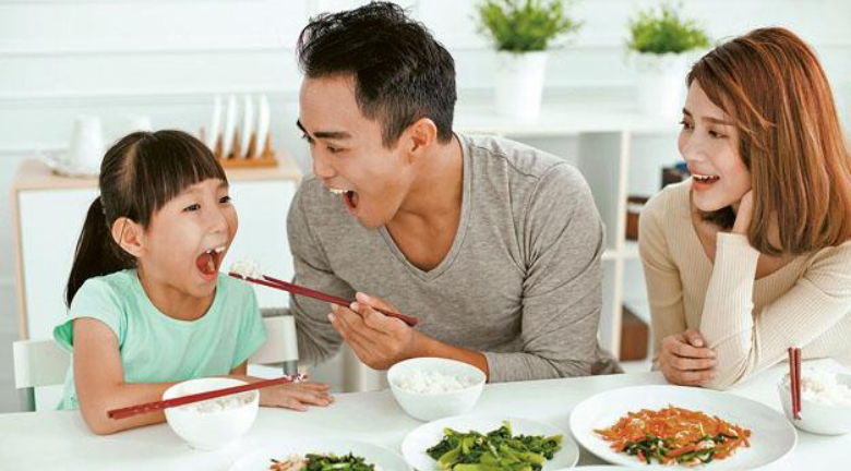 健康家庭:胡亂進補 小心吃壞孩子脾胃 簡易湯水、少吃甜食更實際