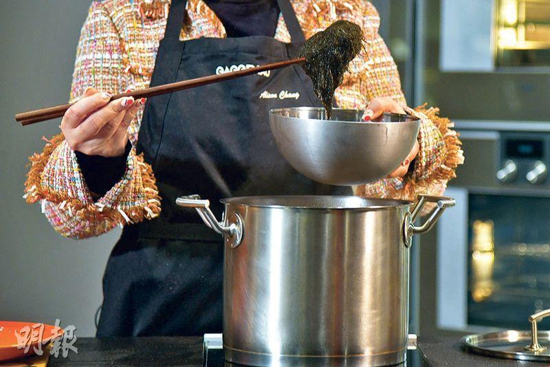 【2021農曆新年】Son姐教煮香噴噴發財好市 分享獨門煮冬菇金蠔秘技有食神(附食譜)