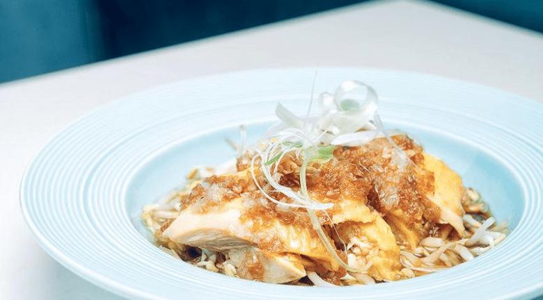星馬小菜 X 地中海元素 自家製調味料 追求新鮮食材 必試招牌醬燒魔鬼魚