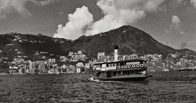 巡迴攝影展 細味50年代香江、新加坡 黑白照中看雙城面貌變遷(內附展覽詳情)