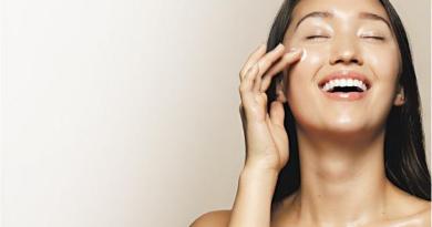 素顏霜丨懶人必備恩物!到底是護膚品還是化妝品?用後無需卸妝?