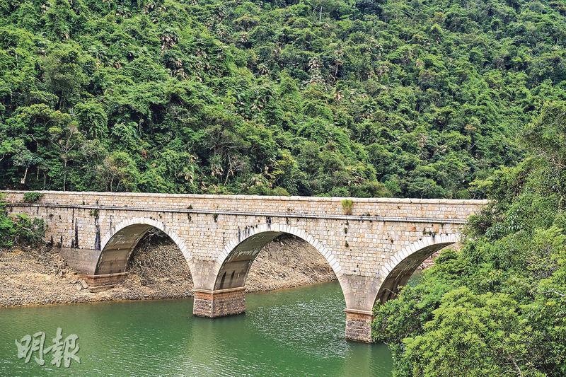 郊遊好去處丨遊走赤柱百年大小橋 感受異國風情