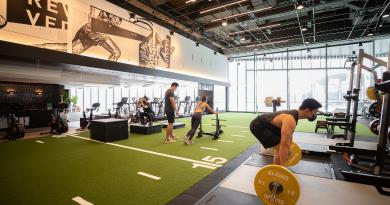 【全新Fitness體驗】全港最大PURE Fitness進駐K11 MUSEA 睇住180度維港海景操肌!