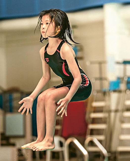 室內射箭 暑假 室內運動 跳水 滑板 花式溜冰 地壺球