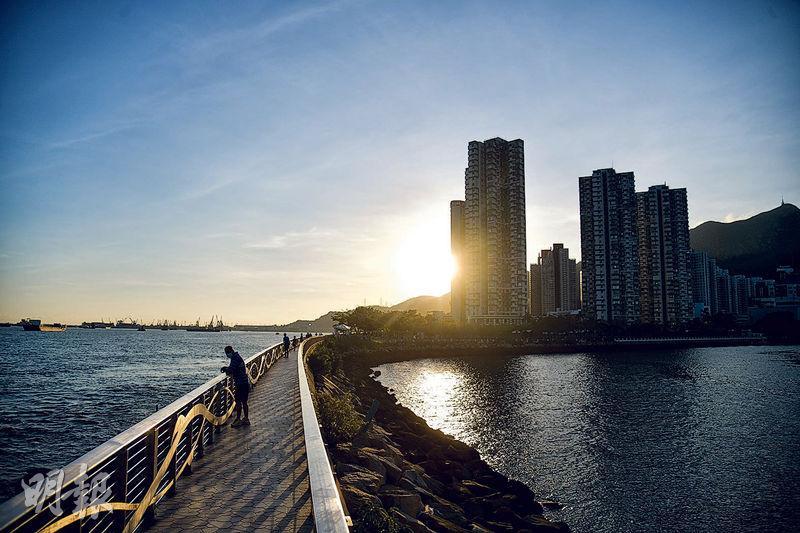 由幻愛橋場景到大叔的愛 走勻屯門碼頭到大澳水鄉 朝聖拍攝場地