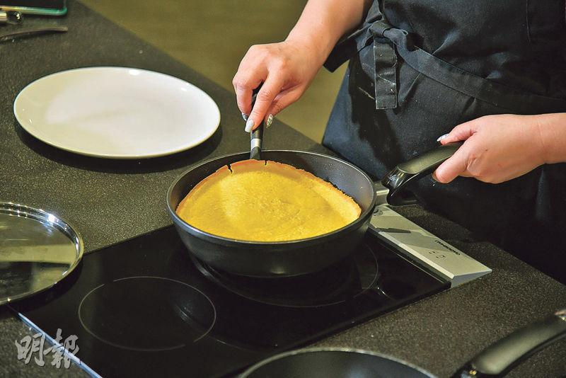 【Son級廚房】自製失傳街頭小吃冷糕 鬆厚脆邊 自己餡料自己話事