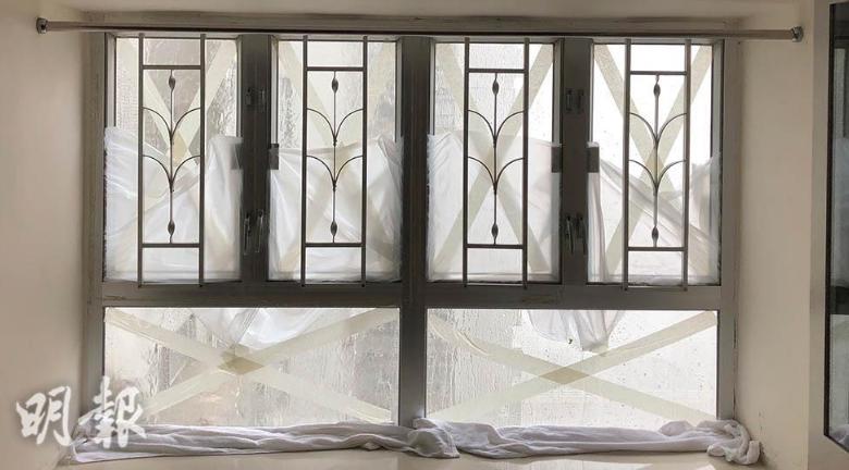 颱風後清理丨玻璃窗怎除膠紙迹?松節水、起膠迹清潔劑幫到手